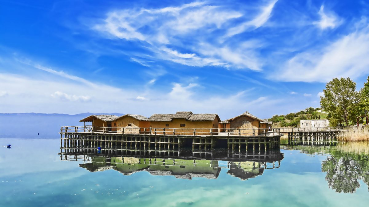 Reconstruction of a prehistoric settlement in calm Ohrid lake and sunny weather