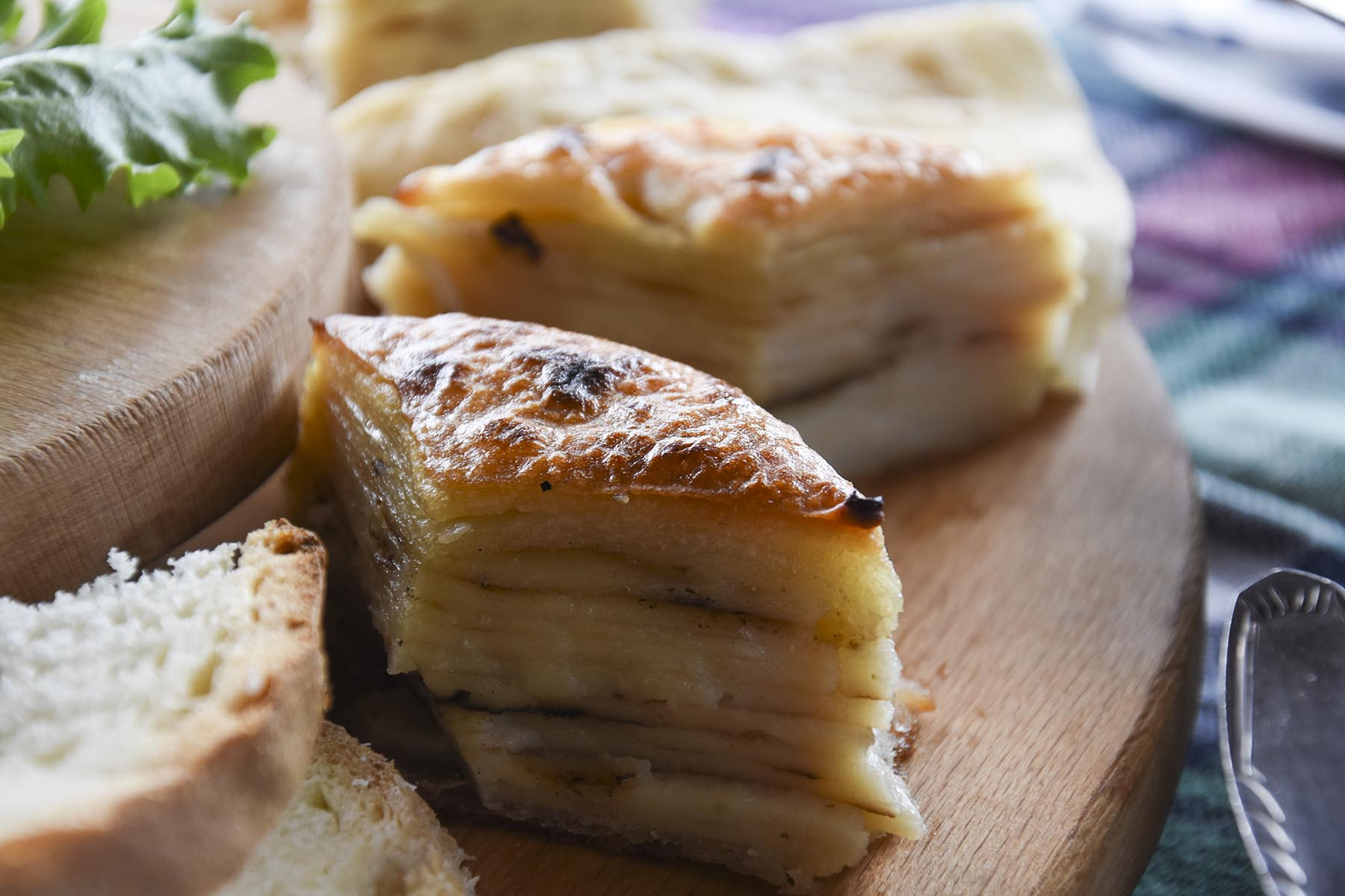 Traditional Macedonian pastry, Gjomleze on wooden plate