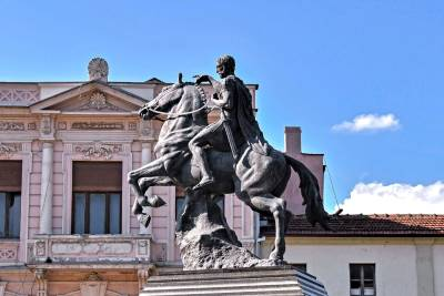 Monument of Filip 2 on horse standing on two legs, located in the main square of city of Bitola.