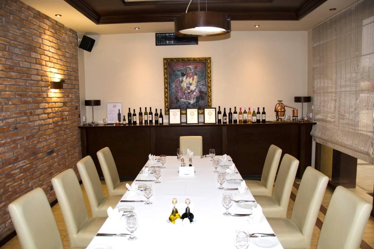 The restaurant in Stobi winery